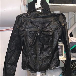 WINDSOR XS leather off shoulder jacket
